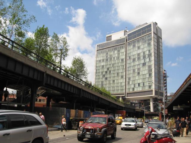 The Standard, High Line. Photo: Wikimedia Commons.