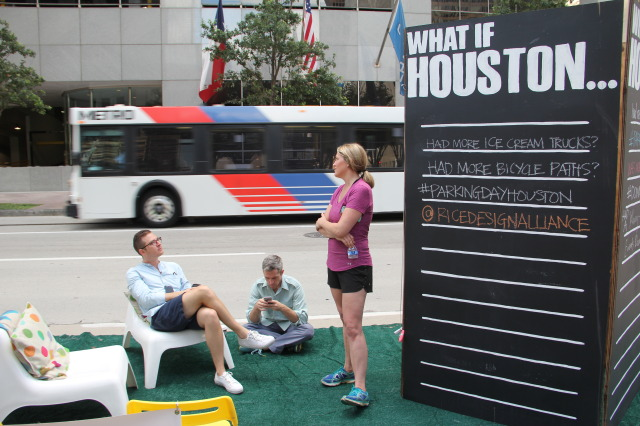 Parking Day Houston 2015, rdAGENTS What if Houston Wall. Photos: Rice Design Alliance.