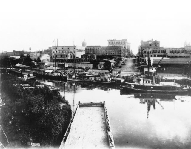 Allen's Landing in 1910: Early in the century, Buffalo Bayou thrived with commerce all the way to Main Street. Photo courtesy Houston Public Library, Houston Metropolitan Research Center.