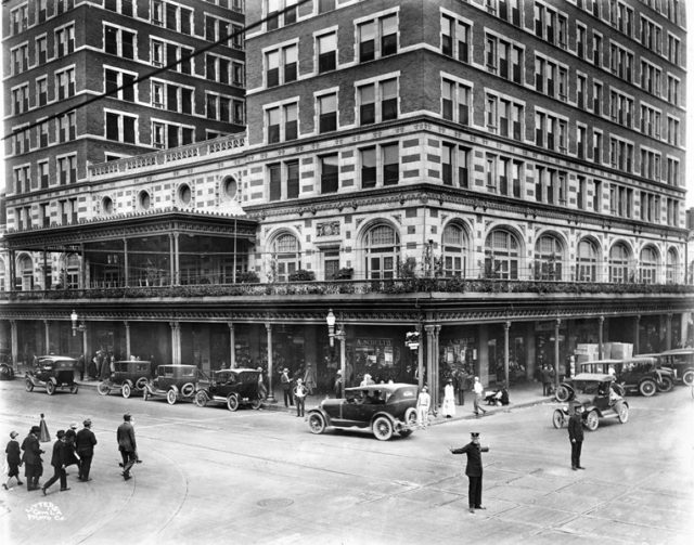 Rice Hotel, 1930. Photo: Houston Metropolitan Resource Center.