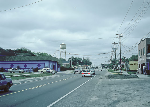Kennedy Boulevard (Old Apopka Road), in Eatonville, Orange County, Florida, prior to roadway improvements. Photo: Everett L. Fly.